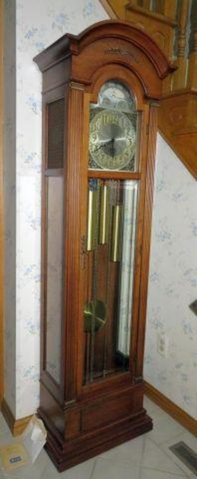 Auction Ohio Sligh Trend Grandfather Clock