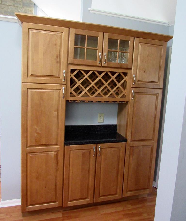 Auction Ohio   Merillat Kitchen Cabinets