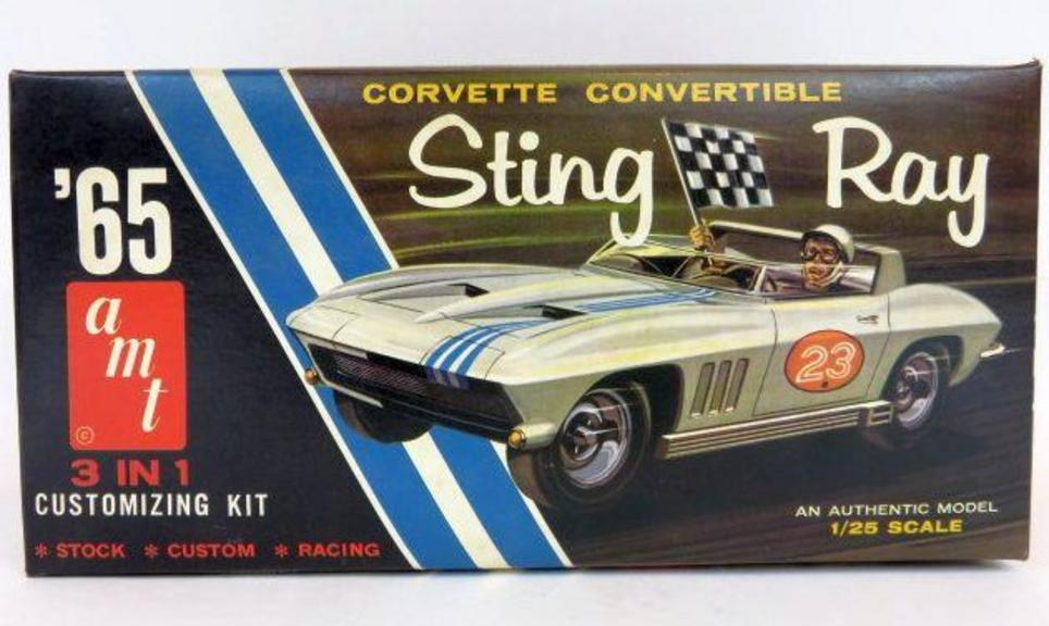 VINTAGE AMT 1965 Corvette STING RAY CONVERTIBLE Model Kit 6915 3 in 1