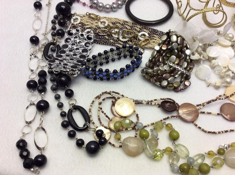 Beautiful Collection Of Jewelry Pieces Gold Silver