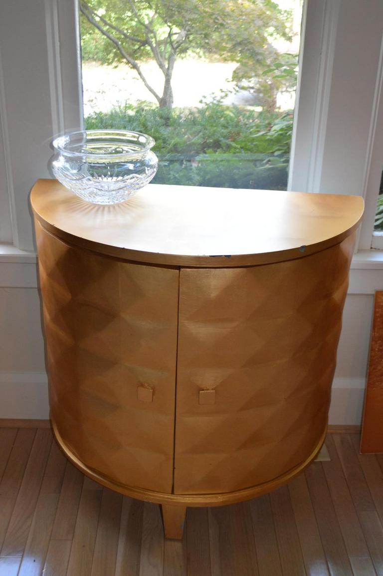 Auction Ohio Pier One Side Table Cupboard