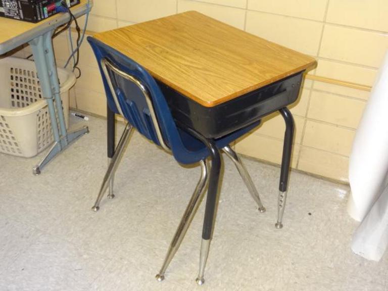 Remarkable Auction Ohio Virco Desk Chair Cjindustries Chair Design For Home Cjindustriesco