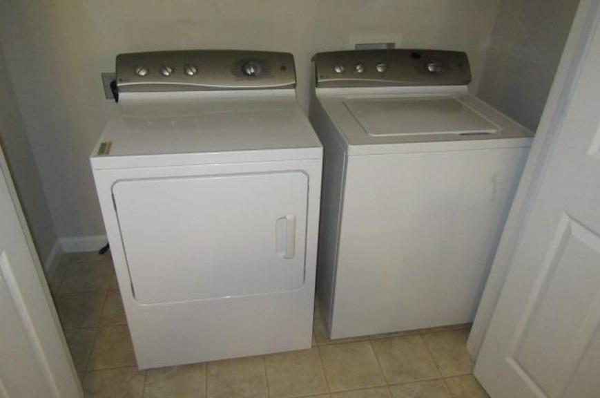 Auction Ohio GE Profile WasherDryer