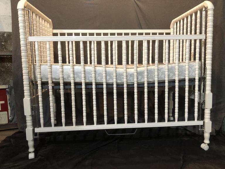 Auction Ohio Evenflo Baby Crib