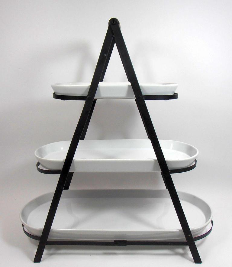 Peachy Auction Ohio Three Tier Server With Platters Beutiful Home Inspiration Cosmmahrainfo