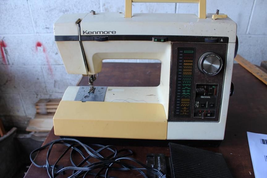 Auction Ohio Kenmore Sewing Machine